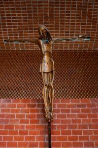 3b-cristo-del-artista-eduardo-yepes-en-la-igklesia-de-atlantida