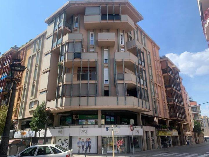 La imagen tiene un atributo ALT vacío; su nombre de archivo es 6-fachada-en-Granollers-en-Cataluna.jpg